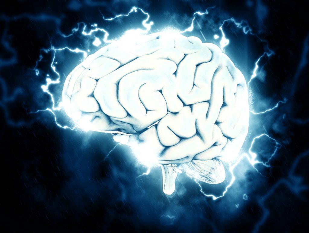 Elektrifiziertes Gehirn